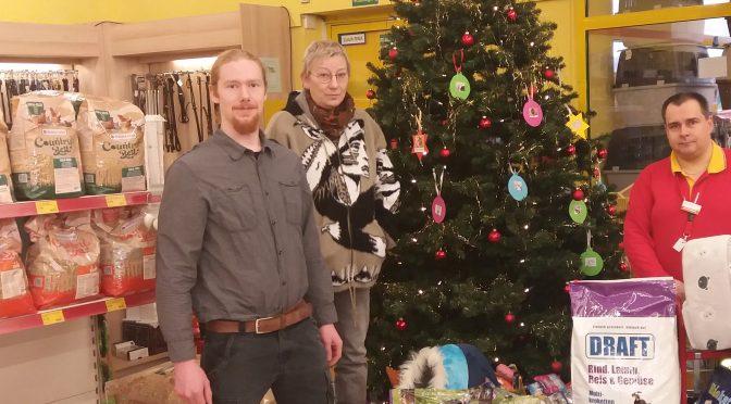 Spendenaktion des Futterhauses in Rhauderfehn zu Weihnachten